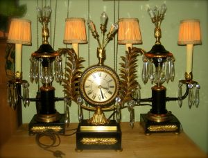 Vintage Art Deco mantle clock set.